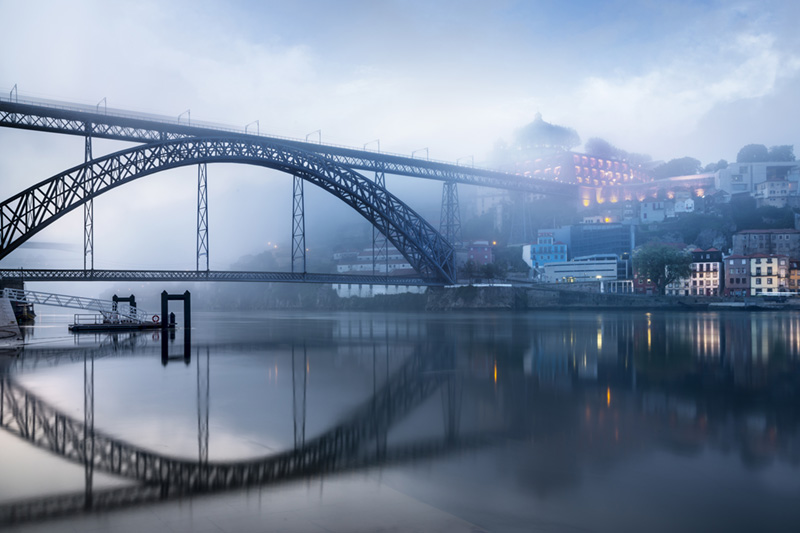 Dom Luís I Bridge, Porto, Portugal